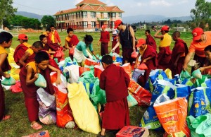 young monks_organizing relief